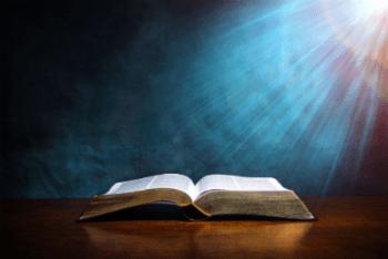 antigo testamento e novo testamento