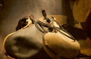 O que significa a parábola do vinho novo em odres novos?