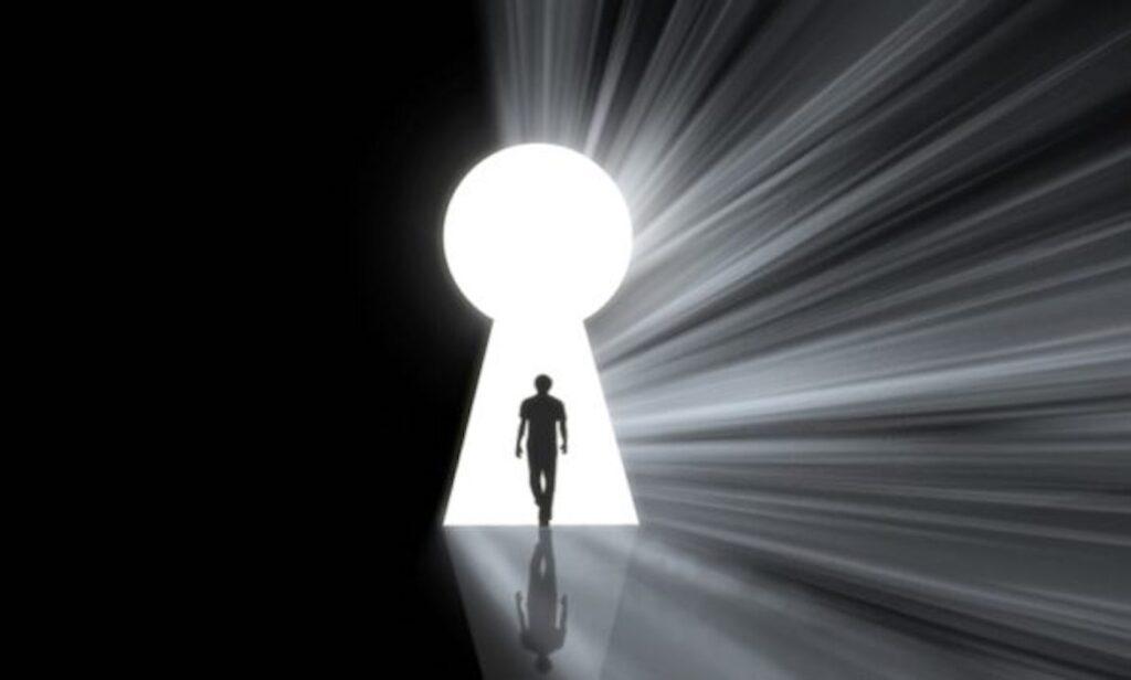 Desbloquear sua verdadeira identidade em Cristo libera as Chaves do Reino